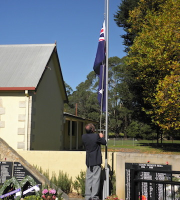 Anzac Day service in Robertson