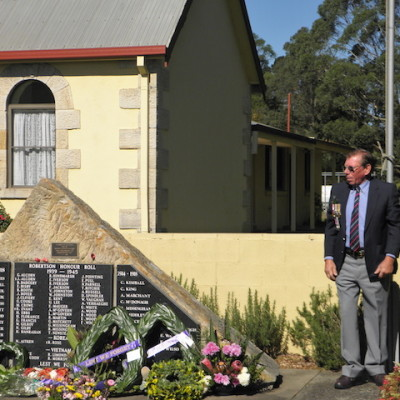 Anzac Day service at Robertson